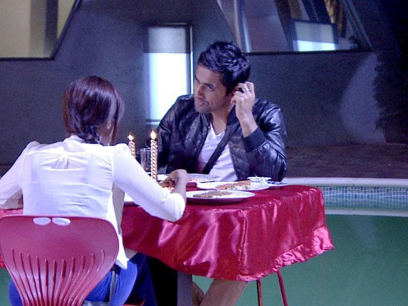 Vishal and Sana on a dinner date organised by Bigg Boss. Bigg Boss 6 house.