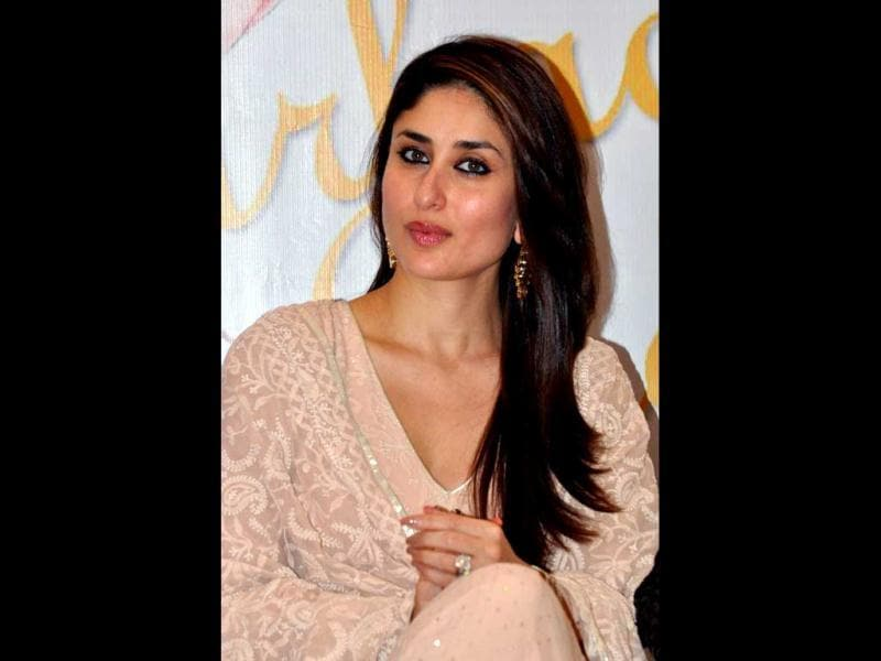 The newly wed Kareena Kapoor Khan has making presence at a lot of events post marriage. The actress was spotted during the launch of book Garbage Beat by Richa Lakhera in Mumbai on December 23. (AFP Photo)