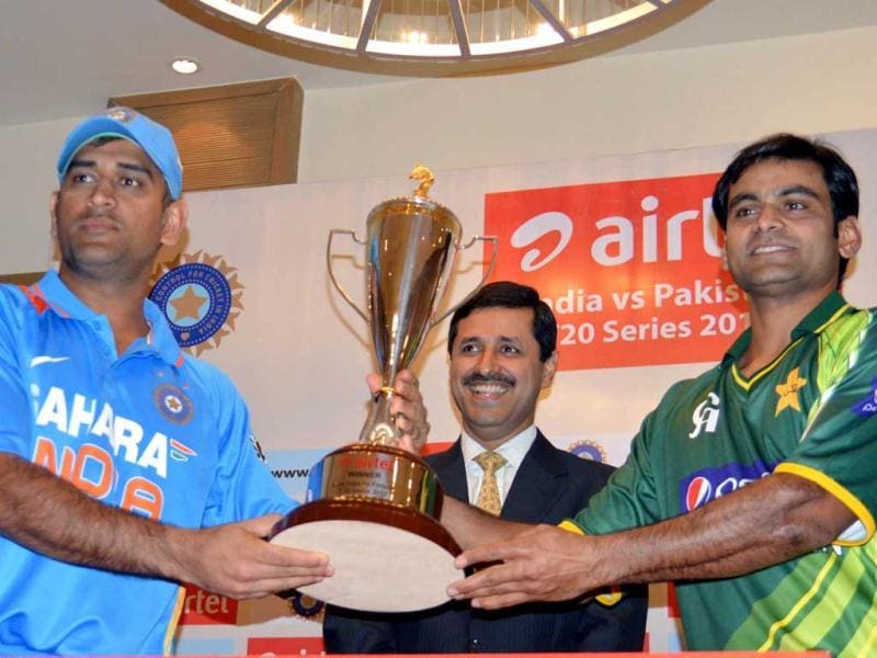 Indian cricket team captain MS Dhoni and Pakistan's cricket team captain Mohammed Hafeez unveiled the Airtel India Vs Pakistan T20 Series Cup, in Bangalore on Sunday.