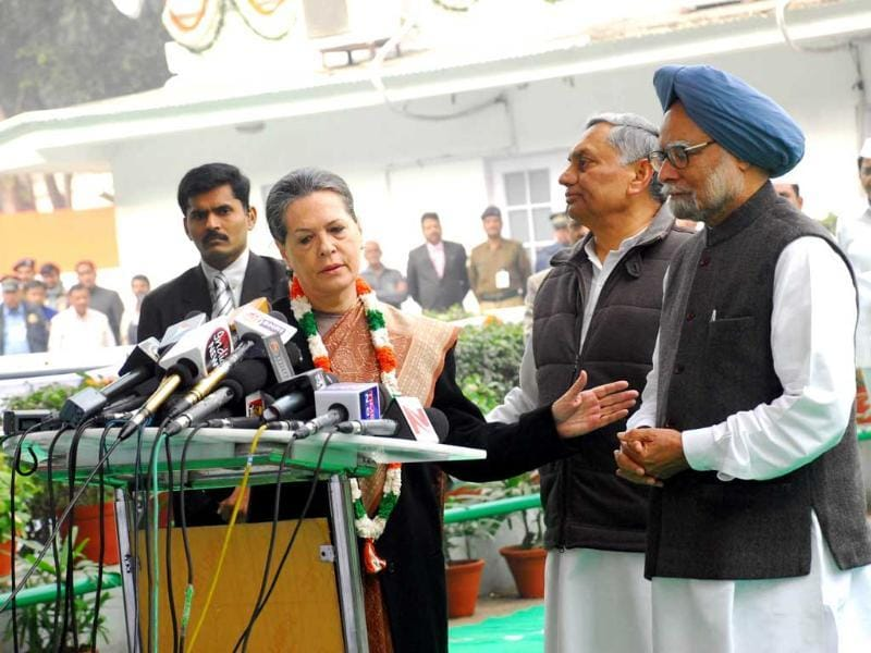 Congress president Sonia Gandhi is seen with Prime Minister Manmohan Singh during the Indian National Congress foundation day celebrations at AICC headquarters in New Delhi. UNI