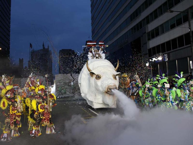Members of the Quaker City String Band perform for judges during the 113th annual Mummers Parade in Philadelphia, on Tuesday Jan. 1, 2013. Photo: AP/Joseph Kaczmarek