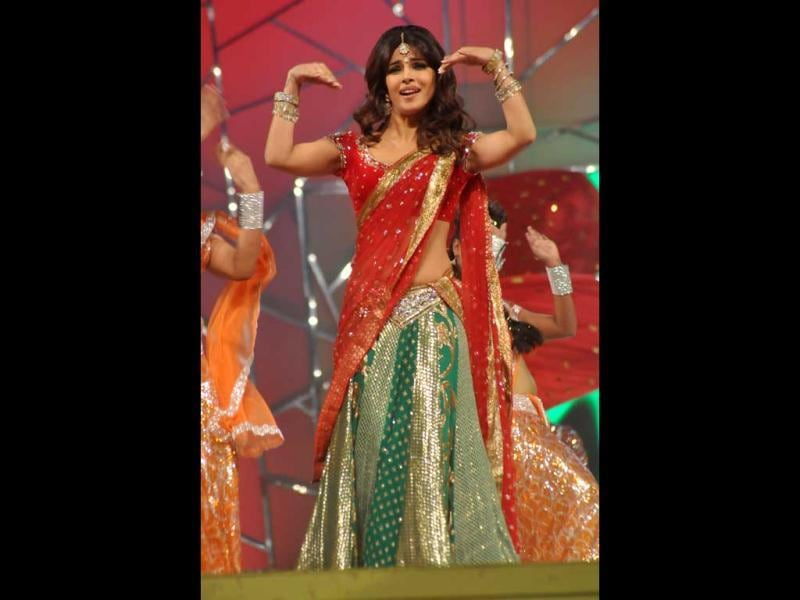 Bollywood actor Priyanka Chopra dressed colourfully for her performance at Umang 2013.