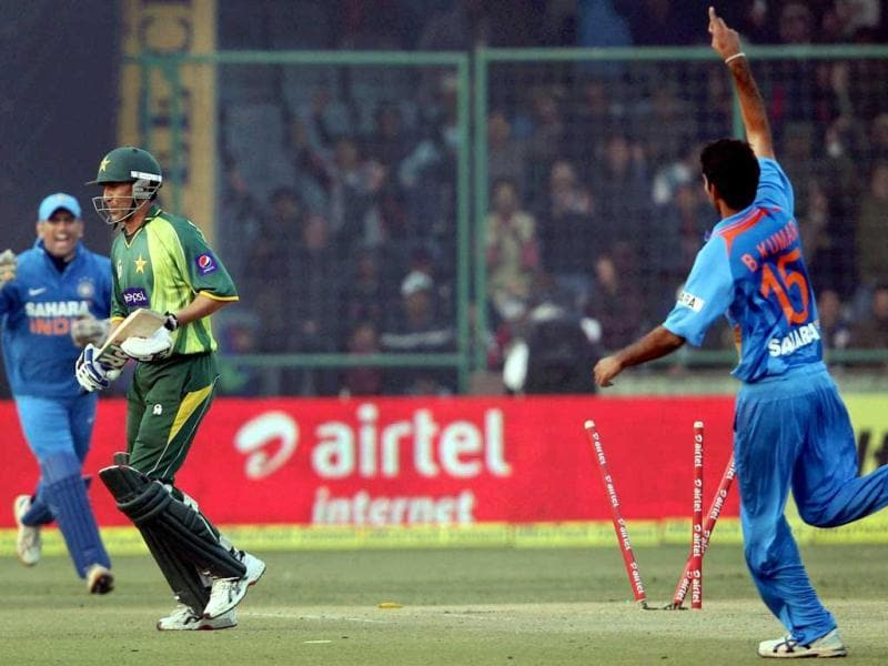 Bhuvaneshwar Kumar celebrates after taking the wicket of Pakistan's Younis Khan during the last India-Pakistan ODI match at Feroz Shah Kotla in New Delhi on Sunday. PTI Photo