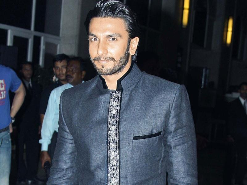 Ranveer Singh was seen in a charcoal grey pathan suit at Shaad's wedding.