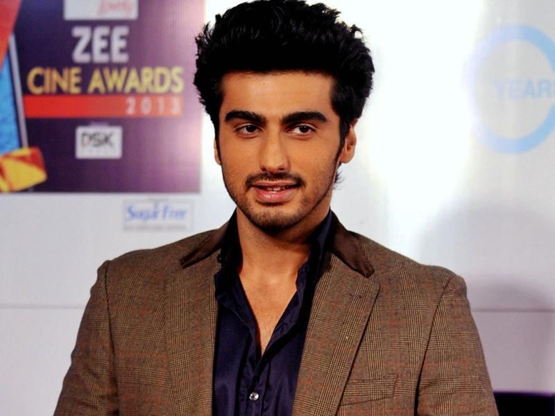Bollywood actor Arjun Kapoor attends the Zee Cine Awards 2013 ceremony in Mumbai on January 6, 2013. AFP PHOTO