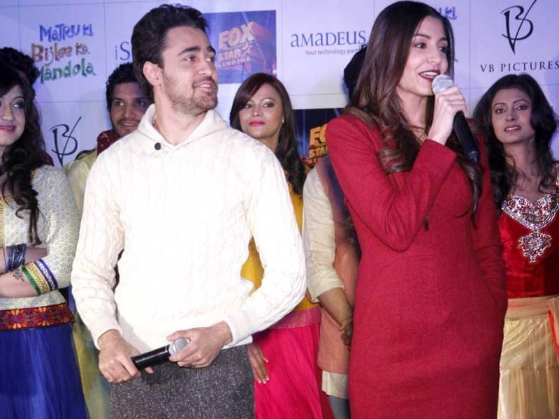 Imran Khan and Anushka Sharma during the promotional event of upcoming new movie Matru Ki Bijlee Ka Mandola in Ambience mall, in Gurgaon, India. (Photo by Parveen Kumar/Hindustan Times)