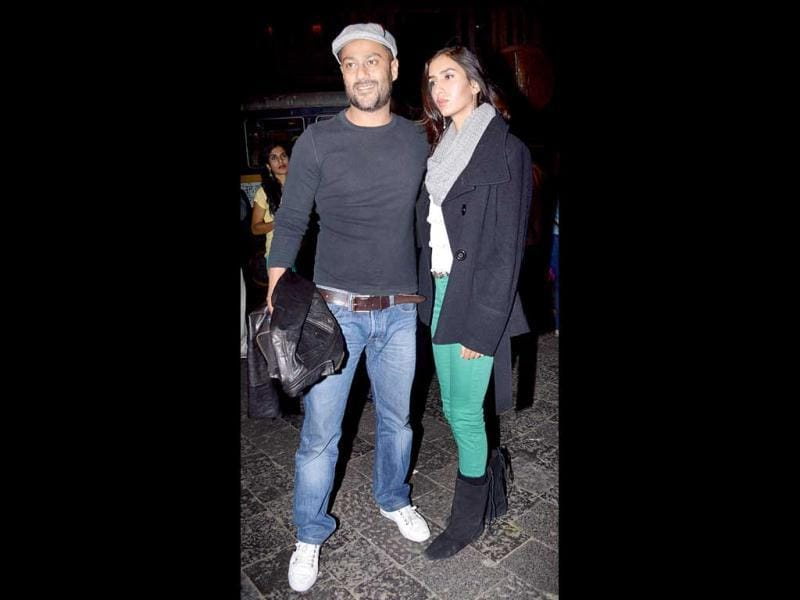 Abhishek 'Gattu' Kapoor arrives at Hrithik's party with a guest.