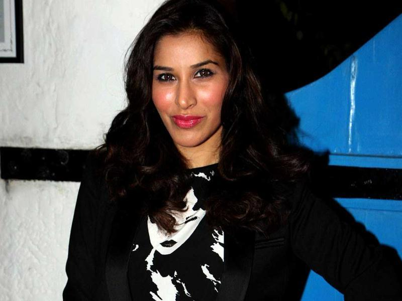 Actress/singer Sophie Chowdhry was also present at Daboo Ratnani's calendar launch.