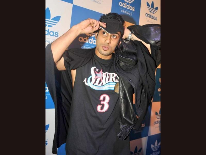 Prateik Babbar poses during a party hosted by US rap musician Snoop Dogg in Mumbai on January 10, 2013. (AFP Photo)