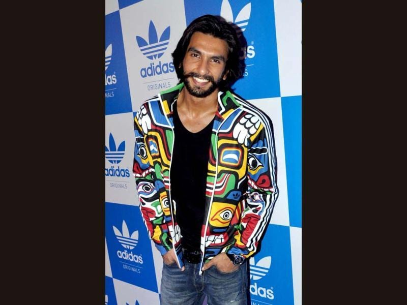 Ranveer Singh poses during a party hosted by US rap musician Snoop Dogg in Mumbai. (AFP PHOTO)