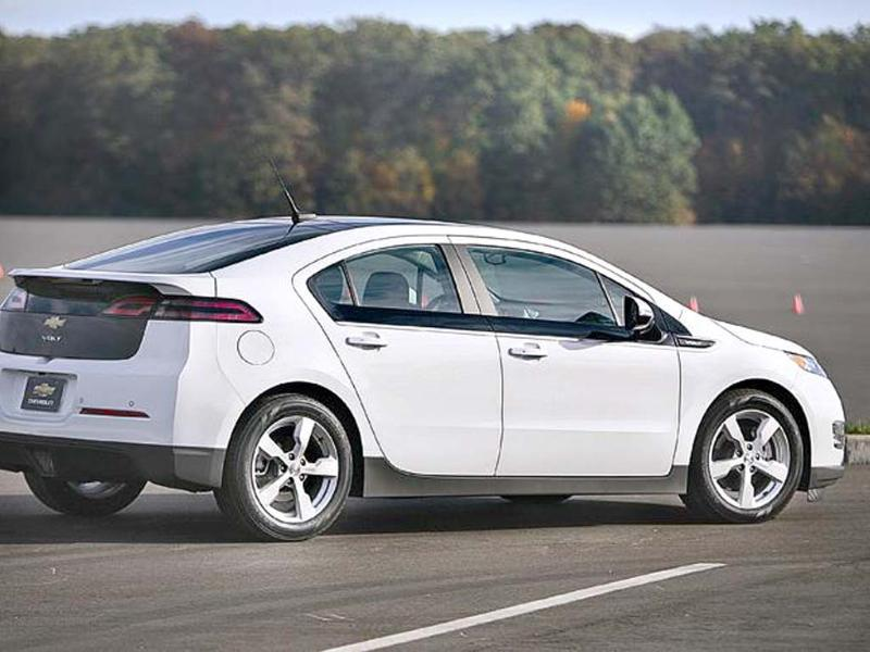 Wedge-like profile and smart details mean the Volt looks good.