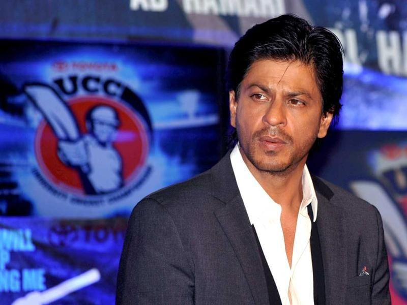 SRK was seen in a Chak De like look at the Toyota University Cricket Championship in Mumbai.