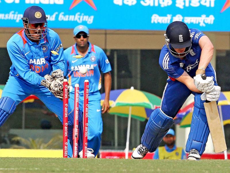 England batsman C Kieswetter is dismissed by R. Jadeja (not in the picture) during the 3rd ODI match in Ranchi. PTI/Swapan Mahapatra