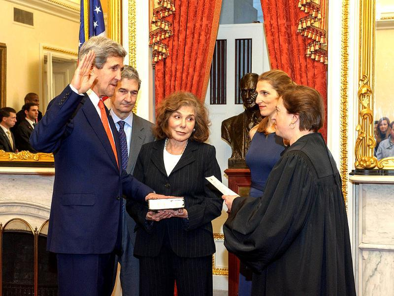 This photo provided by the US Senate Photographic Studio shows Supreme Court Justice Elena Kagan swearing in secretary of state John Kerry in the Foreign Relations Committee Room in the Capitol. AFP/US Senate Photogtraphic Studio
