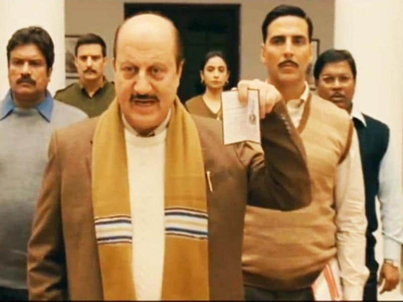 Anupam Kher and Akshay Kumar play conmen in their upcoming movie Special Chabbis that releases on Friday.