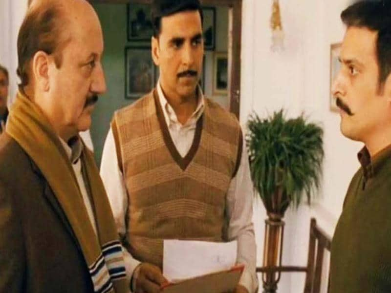 Akshay Kumar and Anupam Kher play conmen in their upcoming film Special Chabbis. Jimmy Shergill is a police officer in the movie that releases on Friday.
