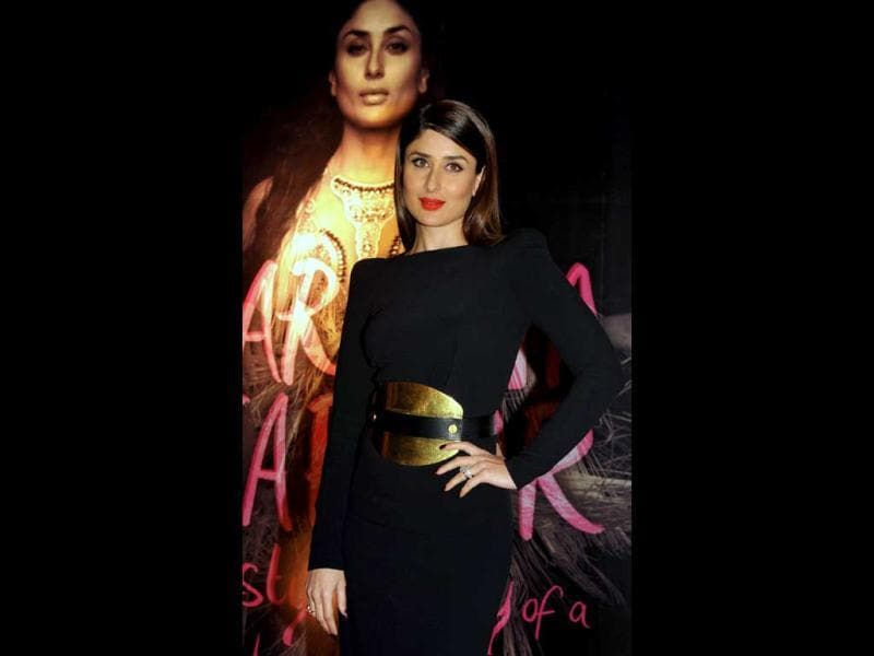 Bollywood film actress Kareena Kapoor at the launch of the book of The Style Diary of a Bollywood Diva on February 6, 2013. Dressed in black, Kareena Kapoor said her fans will know her better with the style diary. (AFP PHOTO)
