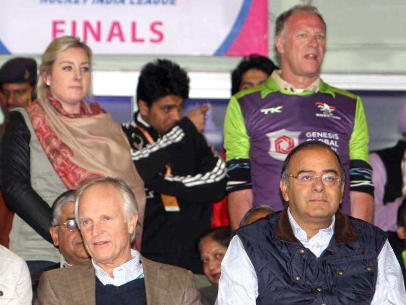BJP leader Arun Jaitley watching Ranchi Rhinos and Delhi Waveriders teams in action during the Hockey India League(HIL) final match at Astro stadium in Ranchi. HT/Diwakar Prasad