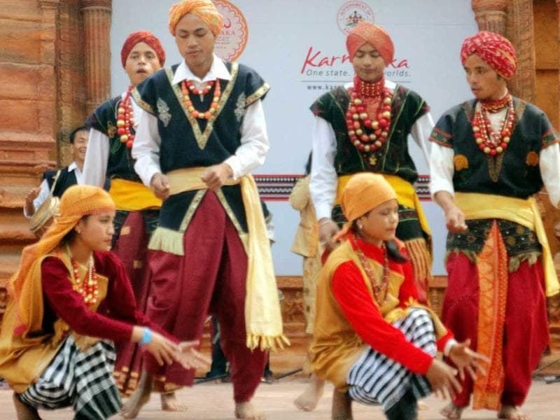 Artist from Meghalaya performing Dance at 27th Surajkund Craft Mela in Faridabad. Photo: UNI