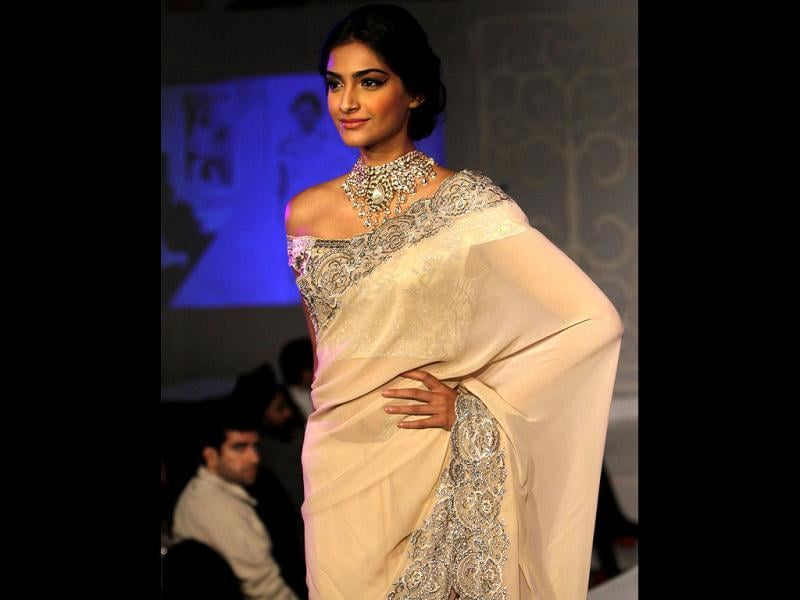 Sonam Kapoor walks the ramp at India's first Gem and Jewellery Fair. (Photo by Arijit Sen/Hindustan Times)