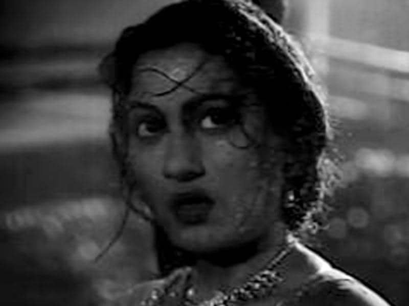 The eternally beautiful Madhubala boasts of a career spanning across 18 years that saw her giving splendid aura to at least 70 different roles.