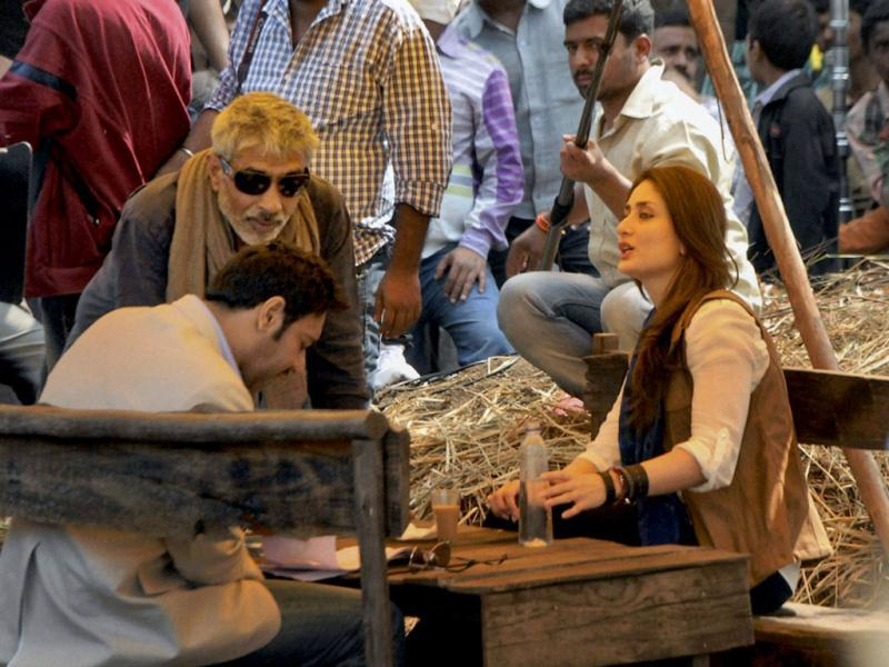Kareena Kapoor is playing the role of a journalist in the film.