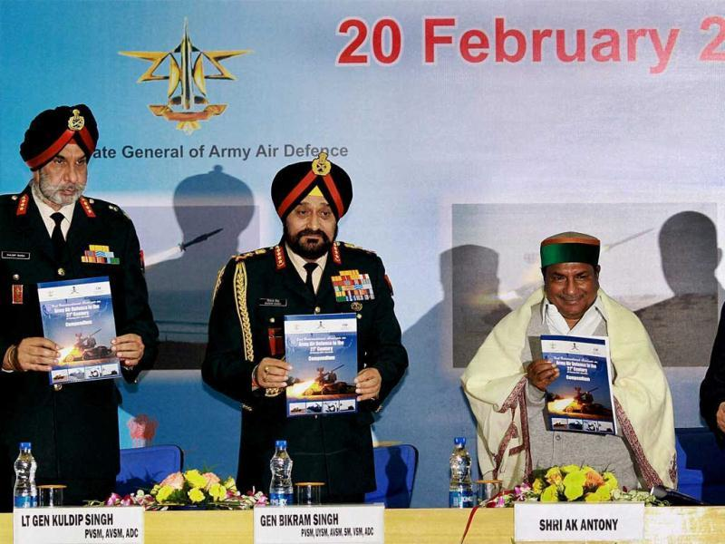 Union defence minister AK Antony with Army Chief General Bikram Singh, director general Army Air Defence Lt Gen Kuldip Singh and CII member Atul Punj release a report on Second International Conference on Army Air Defence in 21st Century at DRDO Bhawan in New Delhi. PTI/Atul Yadav
