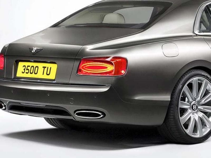 New Bentley Continental Flying Spur photo gallery