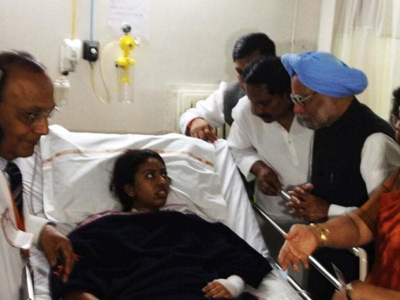 Prime Minister Manmohan Singh in seen speaking with blast victims during his Hyderabad visit. Photo Courtesy: PMO India