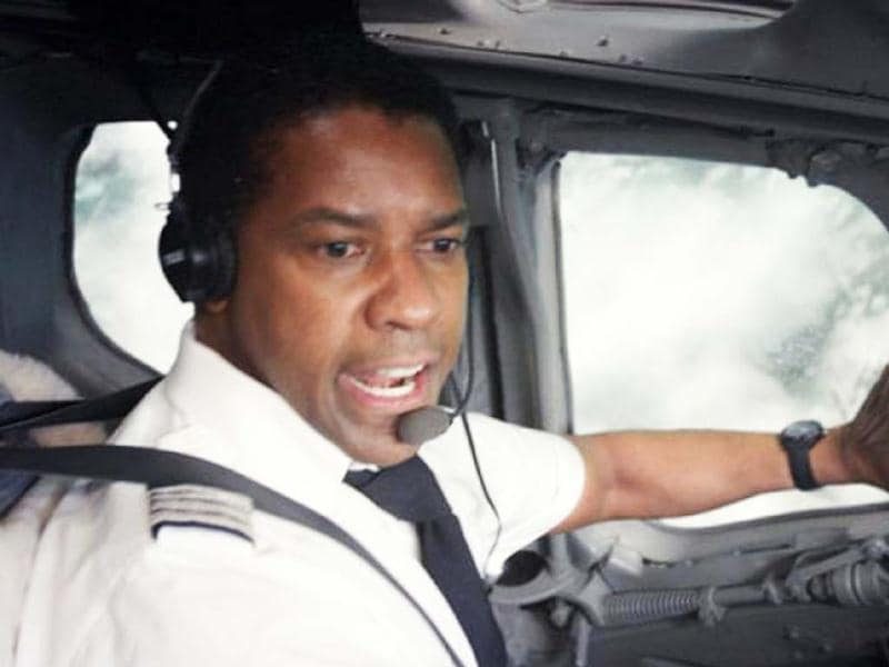 Denzel Washington's stellar performance as a sincere and tangled pilot won him a nomination for the Best Actor award at the 85th Academy awards.