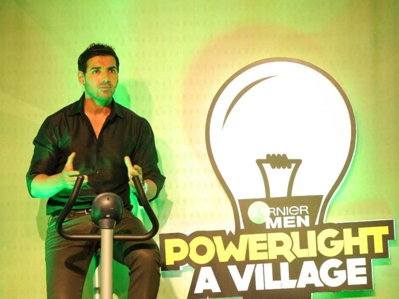 "Speaking about the Garnier Men 'PowerLight a Village' campaign, John Abraham said, ""PowerLight a Village' is an amazing and powerful initiative taken by Garnier Men. An initiative that will help us spread light across hundreds of villages by using natural resources like solar energy."