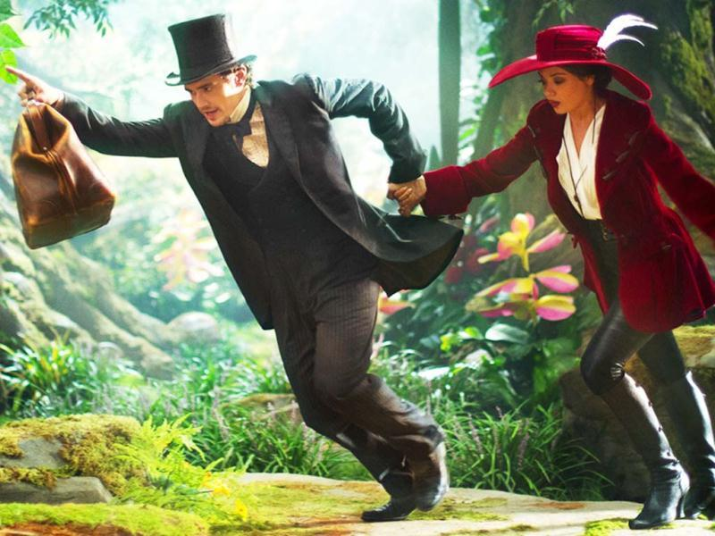James Franco (Oz) and Mila Kunis (Theodora) exploring a new adventure in Oz: The Great and Powerful Wizard.