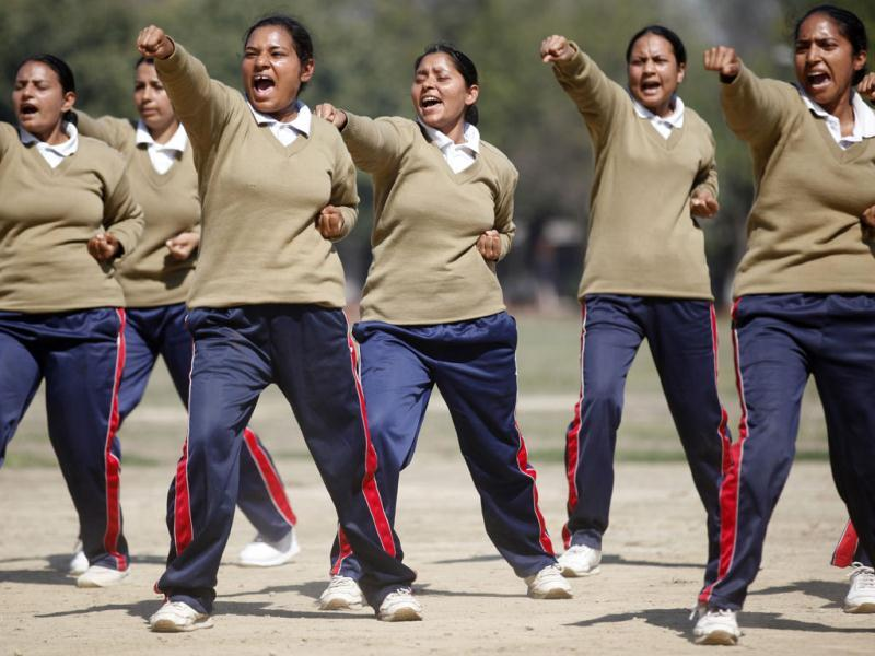 Newly selected Delhi Police women personnel during self-defence training at PTC, Jharoda Kalan, in New Delhi. (HT Photo/ Raj K Raj)
