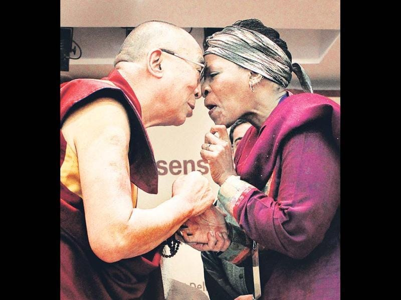 Dalai Lama and Reverend Mpho Tutu share a light moment during the Valedictory Session of Interfaith Conference 'On World Religions: Diversity, Not Dissention' in New Delhi. Mohd Zakir/HT