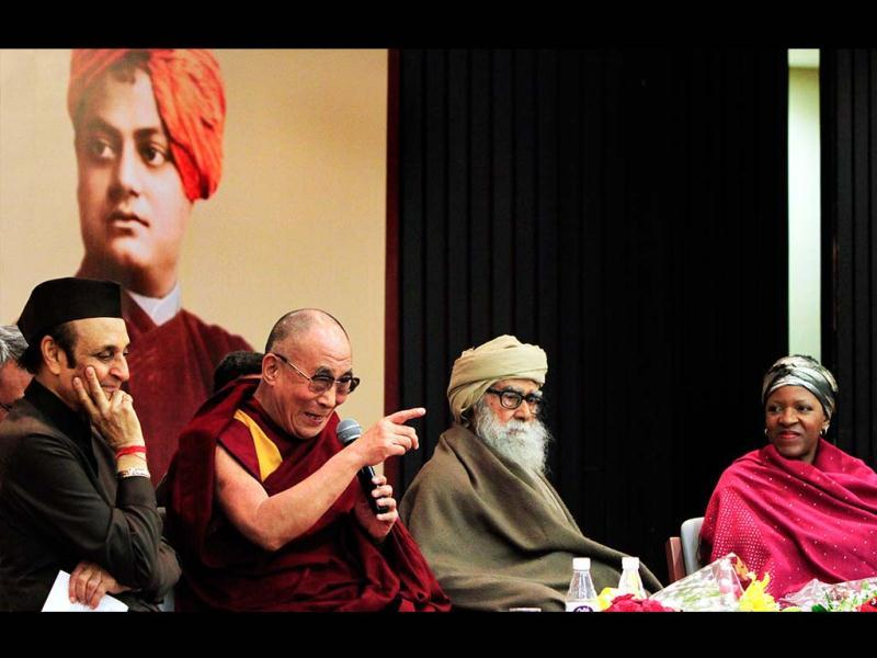 From left, ICCR Presedent Dr. Karan Singh, Tibetian spritual leader Dalai Lama, Maulana Wahiduddin Khan and Reverend Mpho Tutu during the Valedictory Session of Interfaith Conference