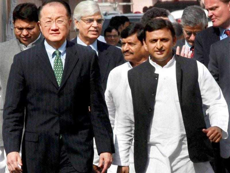 Uttar Pradesh chief minister Akhilesh Yadav and World Bank Group president Jim Young Kim in Lucknow. PTI photo