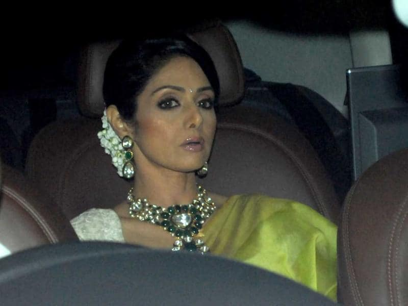 Sridevi looks ever evergreen in green. (HT Photo by Prodip Guha)