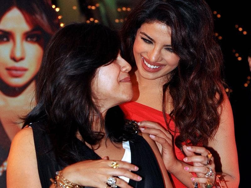 Shootout At Wadala producer Ekta Kapoor bonds with her 'item girl' Babli Badmaash Priyanka Chopra. (AFP Photo)