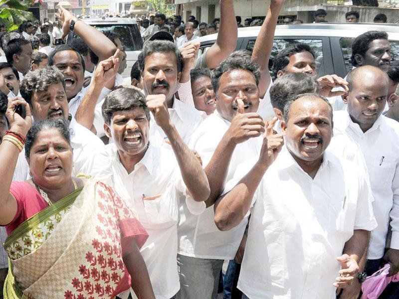 DMK activists celebrating at party headquarters after chief M Karunanidhi pulled out from the UPA government at the Centre, in Chennai. UNI Photo