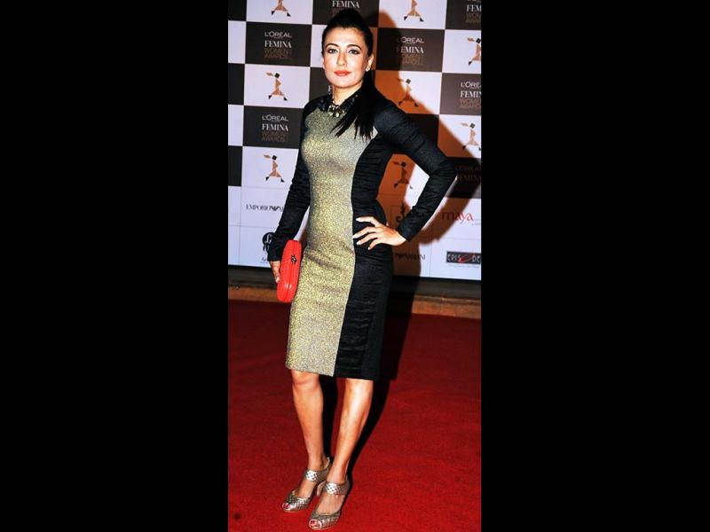 Mini Mathur looks pretty as she attends the L'oreal Paris Femina women Awards' in Mumbai on March 19, 2013. (AFP Photo)