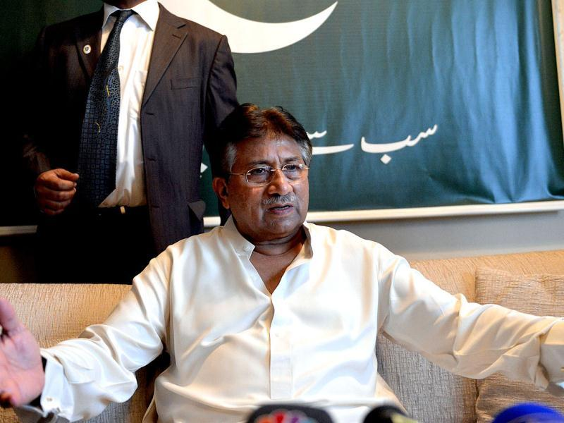 Pakistan's former military ruler Pervez Musharraf talks to media at his residence before his departure to Karachi, in the Gulf emirate of Dubai. AFP photo