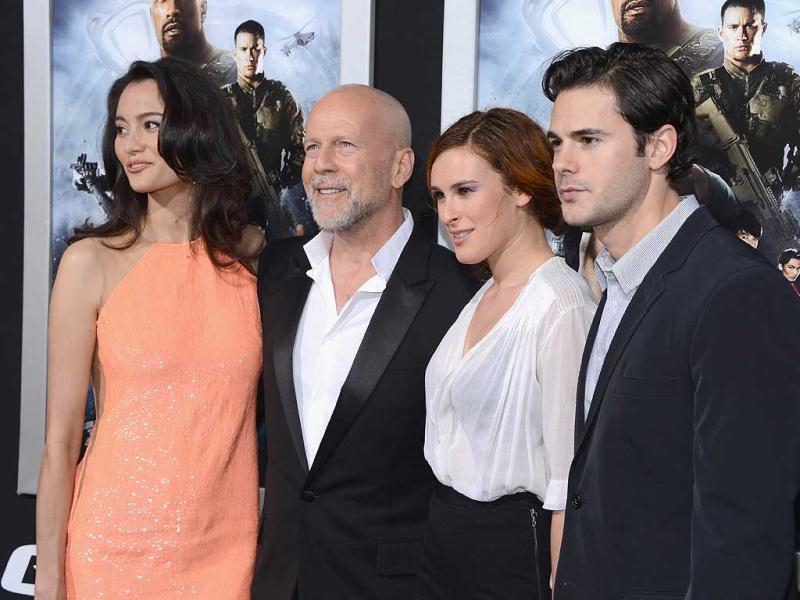 (L-R) Emma Heming, actor Bruce Willis, Rumer Willis and Jayson Blair arrive at the Premiere of Paramount Pictures'