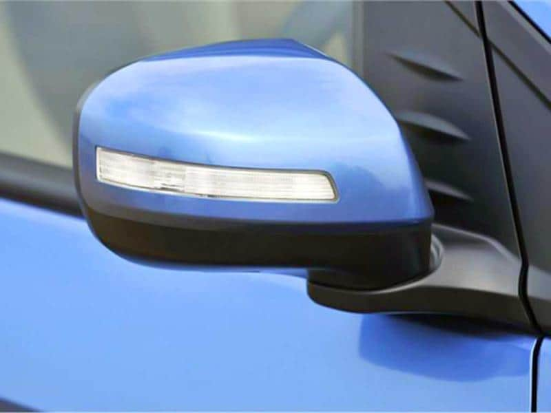 Wing-mirrors are now auto folding and come with indicators.