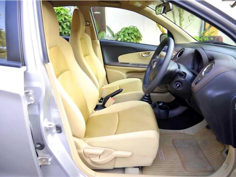 The front seats are similar to those on the Brio, and though they are slender, they are comfortable on long journeys as well.
