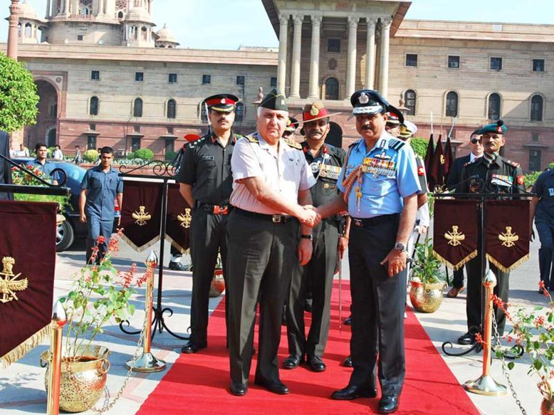 Gen Necdet OZEL, Commander of Turkish Armed Forces being received by Chief of the Air Staff, Air Chief Marshal NAK Browne for a ceremonial reception at South Block lawn in New Delhi. (UNI)