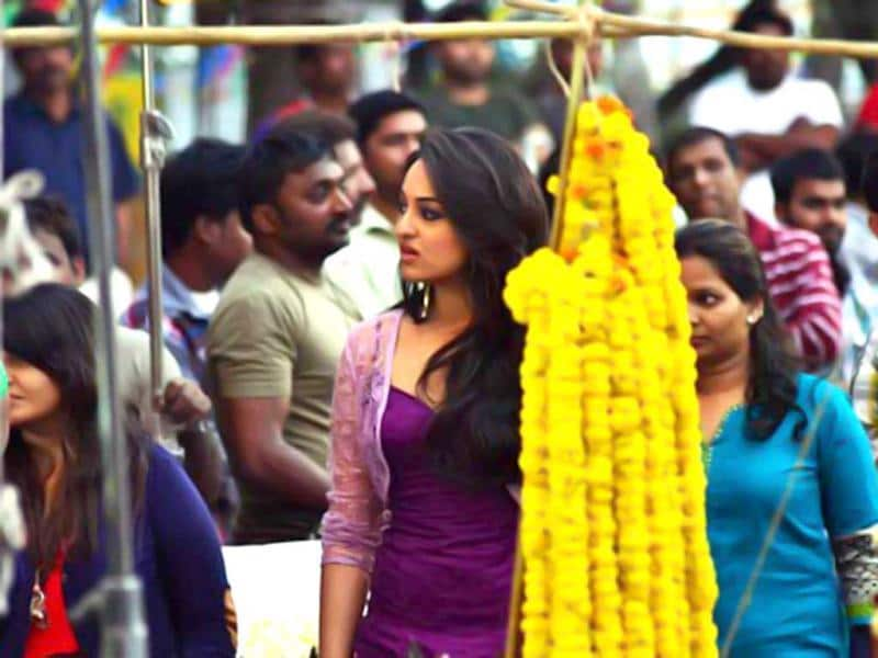 Sonakshi Sinha looks a little lost on the sets of Bullet Raja. She will be seen opposie Saif Ali Khan.