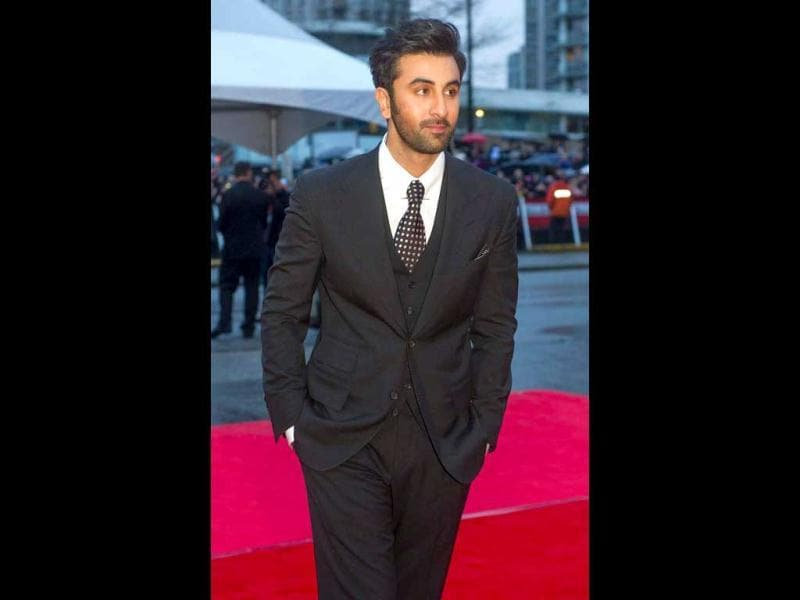 Ranbir Kapoor looks dashing as he poses for the lenses on the red carpet. (Photo Courtesy: Facebook/TOIFA)