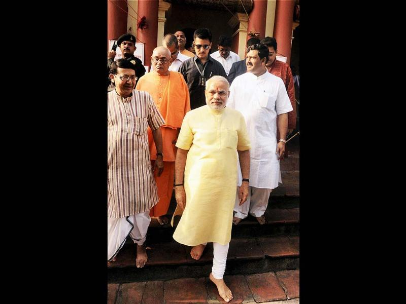 Gujarat chief minister Narendra Modi coming out after offering prayers at world famous Dakshineshwar Kali Temple, in Kolkata on Tuesday. (PTI)