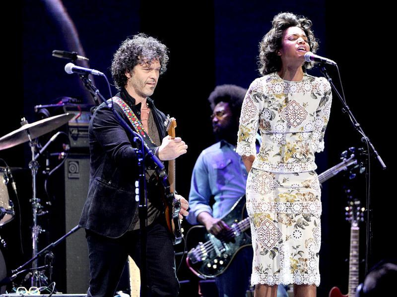 Musician Doyle Bramhall II, left, and singer Alice Smith perform at Eric Clapton's Crossroads Guitar Festival 2013 at Madison Square Garden in New York. AP Photo