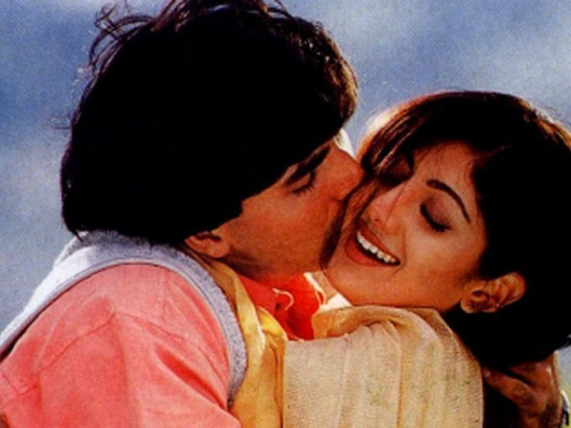 Shilpa Shetty and Akshay Kumar were also supposedly dating and also appeared in various films together.